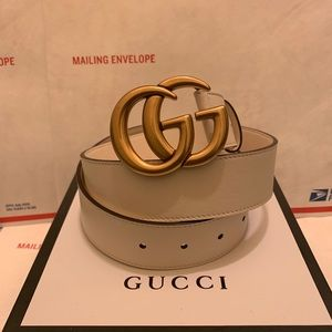 Gucci white leather gold double gg buckle belt